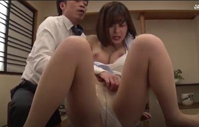 Rina Ishihara cô thư ký đáng thương bị sếp bắt bán thân cho đối tác công ty