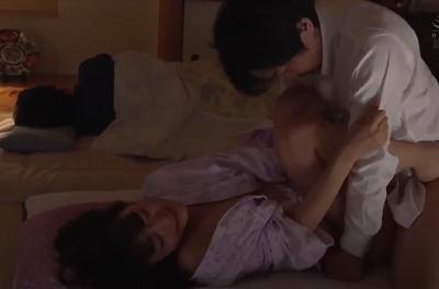 Sang nhà bạn nhậu nửa đêm thả dê luôn con vợ xinh của bạn Sho Nishino