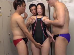 Bộ môn thể thao nào cũng bị đè ra đụ Matsuoka Suzu